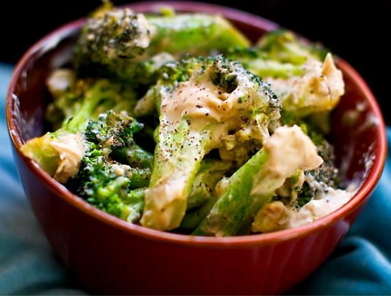 Creamy garlic broccoli